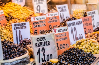 Istanbul: Food and Markets