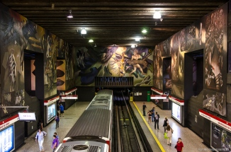 Santiago de Chile Metro Art, Chielan history by Mario Toral at Universidad de Chile